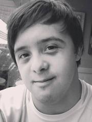 O jovem Pedro Brandão, que acaba de ser aprovado no vestibular e vai cursar a universidade.
