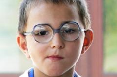 kid_oculos_L